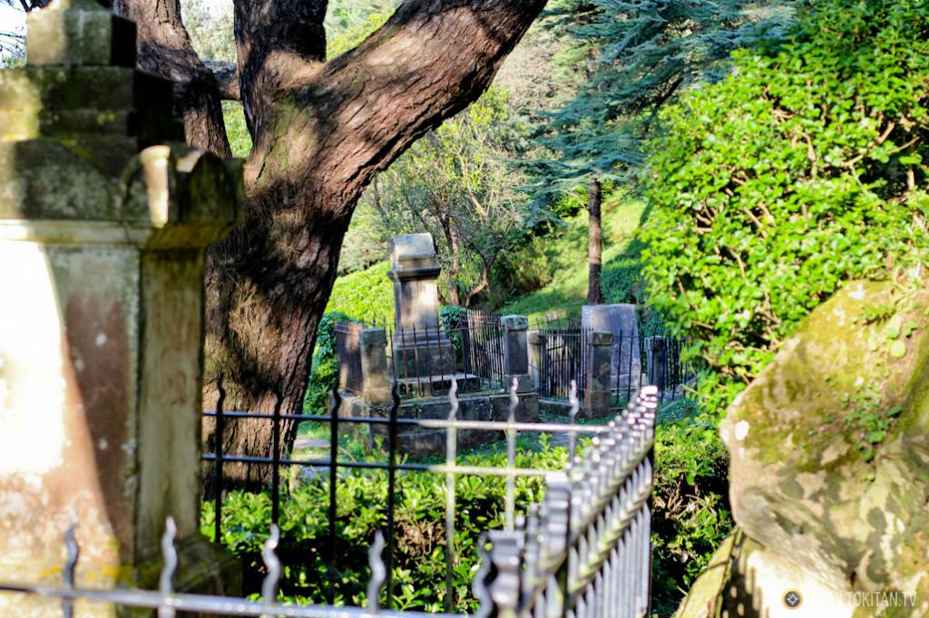 rincones_donostia_cementerio_ingleses_tumbas_monte_urgull_castillo_mota_sansebastian_turismo
