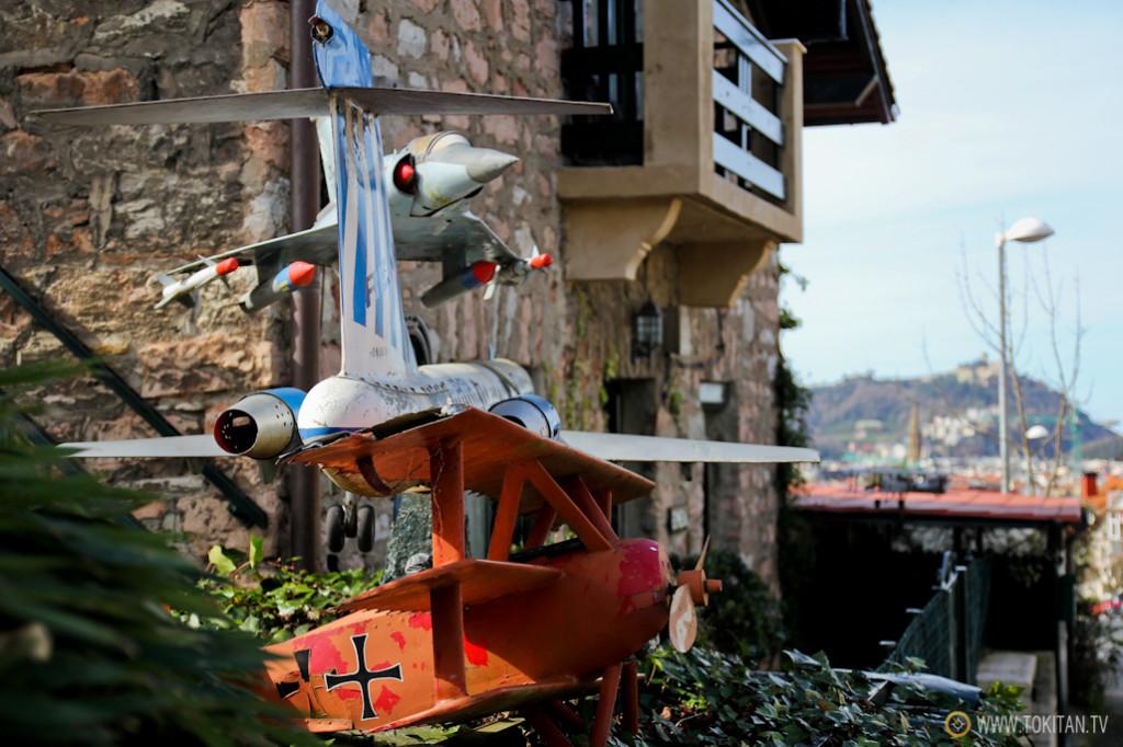 rincones_donsotia_casa_aviones_calle_aldapa_donostia_egia_sansebastian_turismo