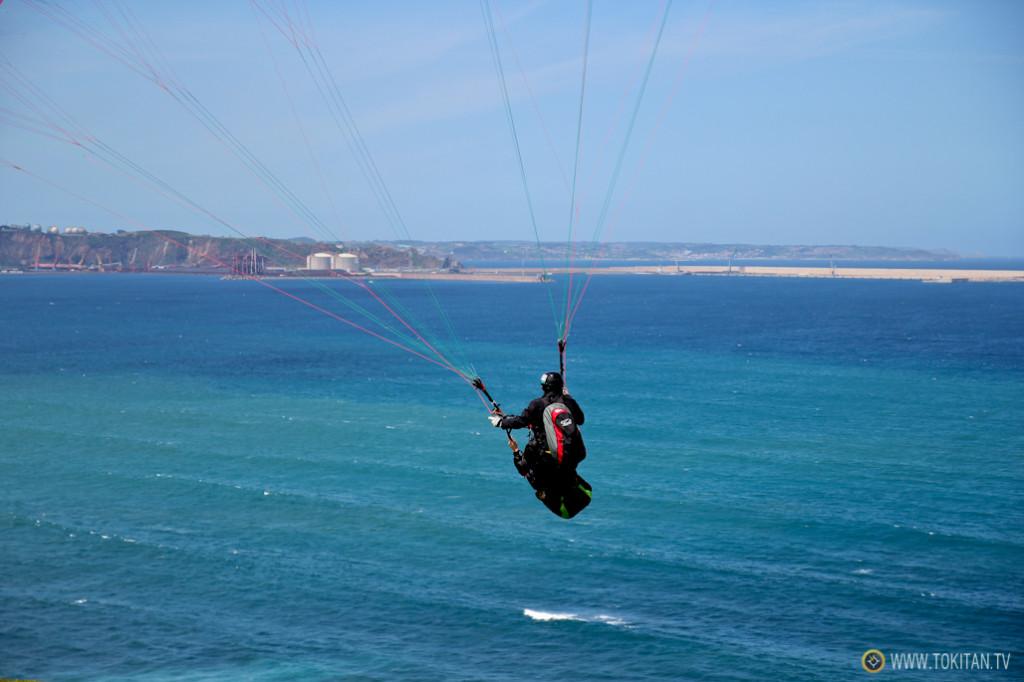 Volar en parapente sobre el amr
