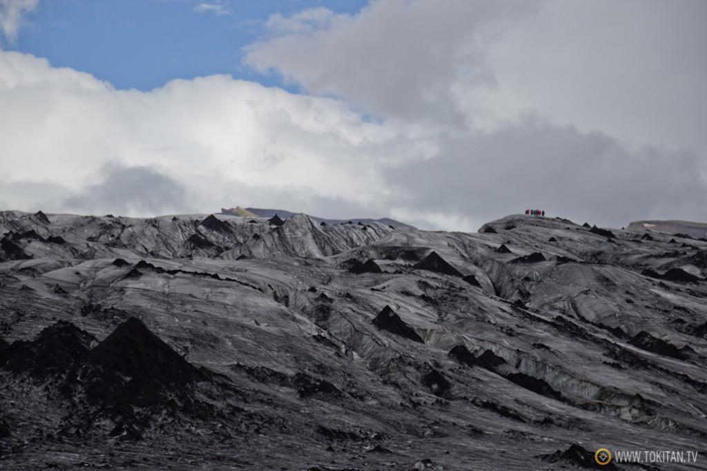 Se pueden contratar excursiones por los glaciares para todos los gustos y posibilidades. Nosotros lo hicimos cerca de Skogar.