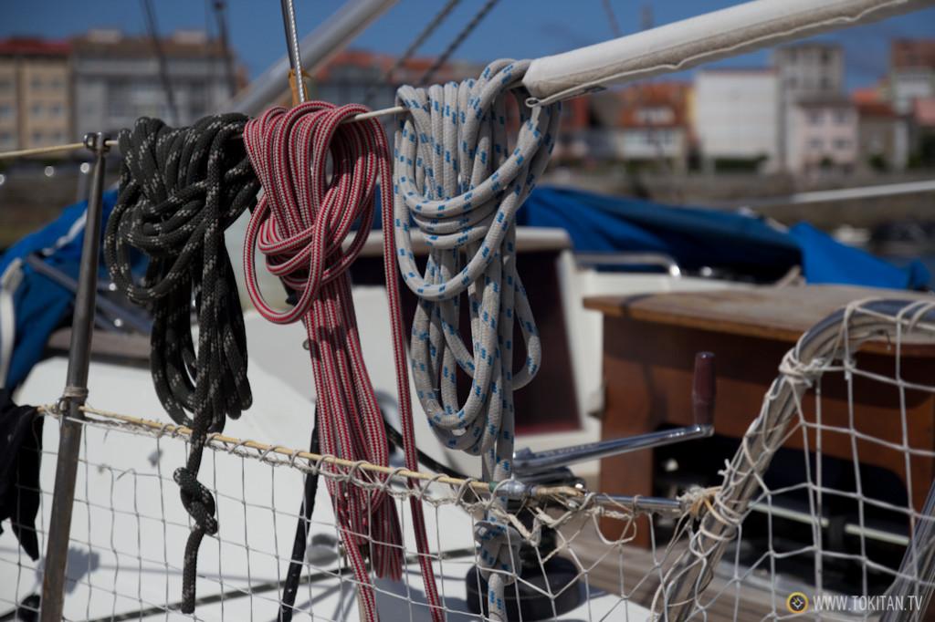 muxia_costa_da_morte_puerto_deportivo_libertalia_travesia_crucero_velero_vela_escotas