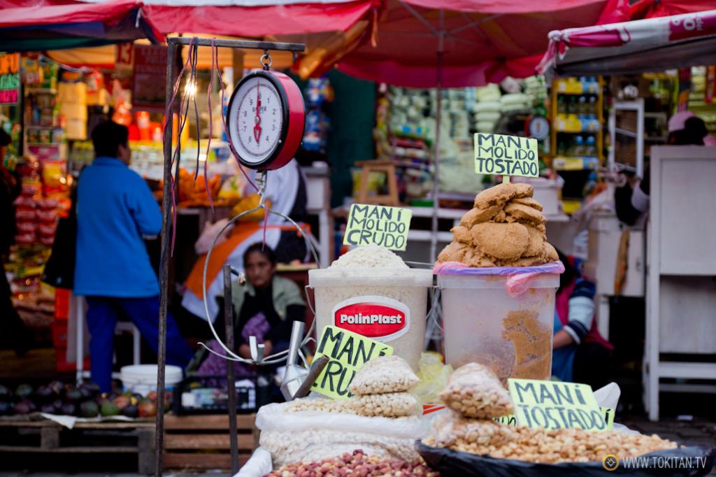 En el Mercado Rodríguez se pueden encontrar todo tipo de productos, desde especias a cereales, pasando por pescados y carnes, entre otras muchas cosas.
