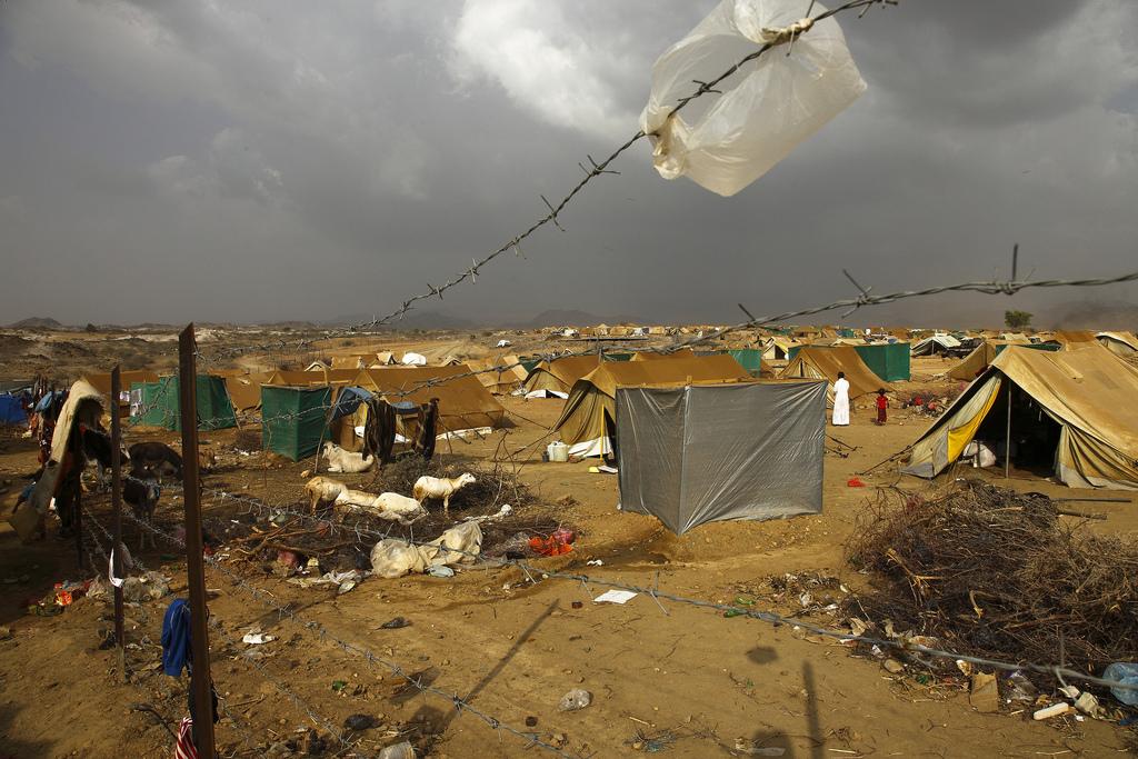 Campo de refugiados de Mazrak, en la frontera de Yemen con Arabia Saudí, con más de 10.000 personas desplazadas porlos enfrentamientos entre el gobierno y el clan houthi. BY IrinPotos