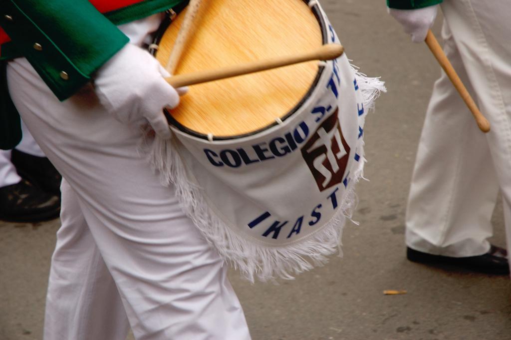 tanborrada_san_sebastian_tamborrada_donostia_marcha_iztueta_danborra_tambor