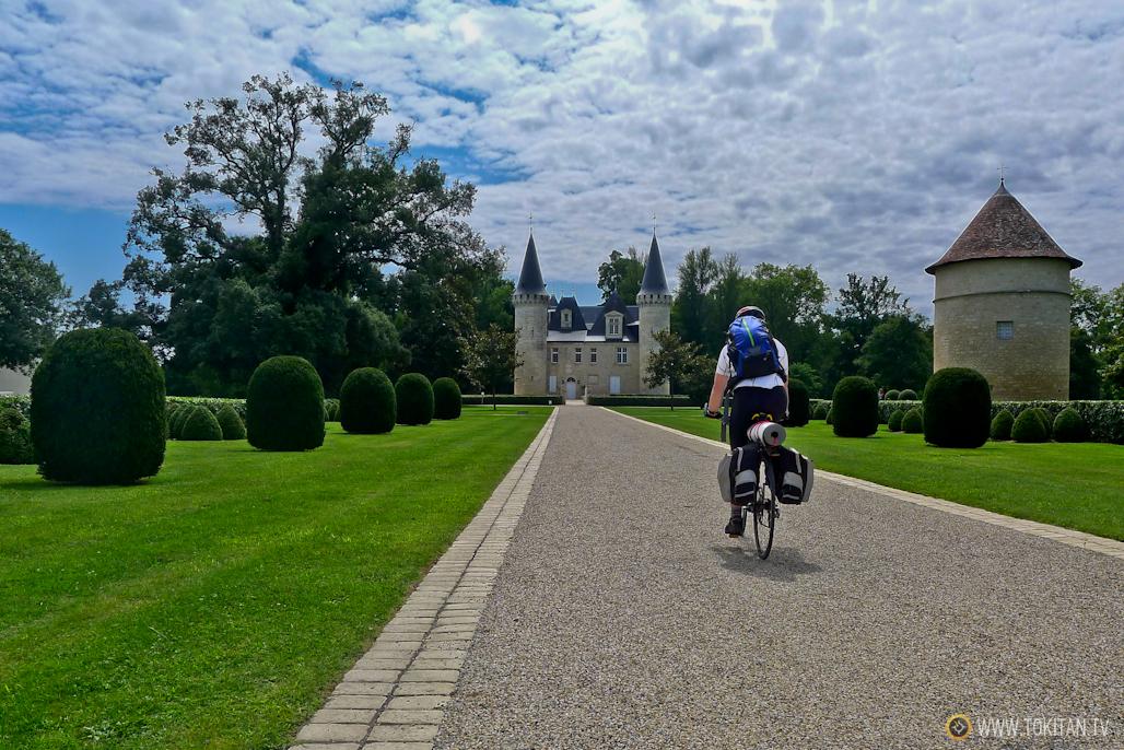 Ruta cicloturista por los chateaux, castillos y bodegas del Medoc.