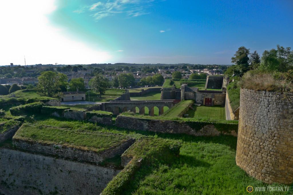 ruta_bicicleta_viñedos_burdeos_chateaux_castillos_bodegas_medoc_ciudadela_blaye