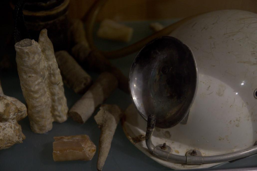 Algunos objetos expuestos en el Centro de Interpretación de las Cuevas de Arrikrutz.