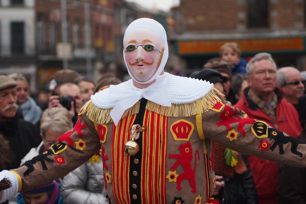 Los Guilles del Carnaval de Binche | cc-by-nc Farrukh