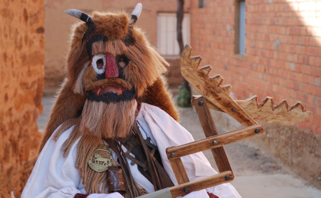 Los jurrus son los ptrotagonistas del carnaval rural de Alija del Infantado. Foto Diputación de León http://www.dipuleon.es/