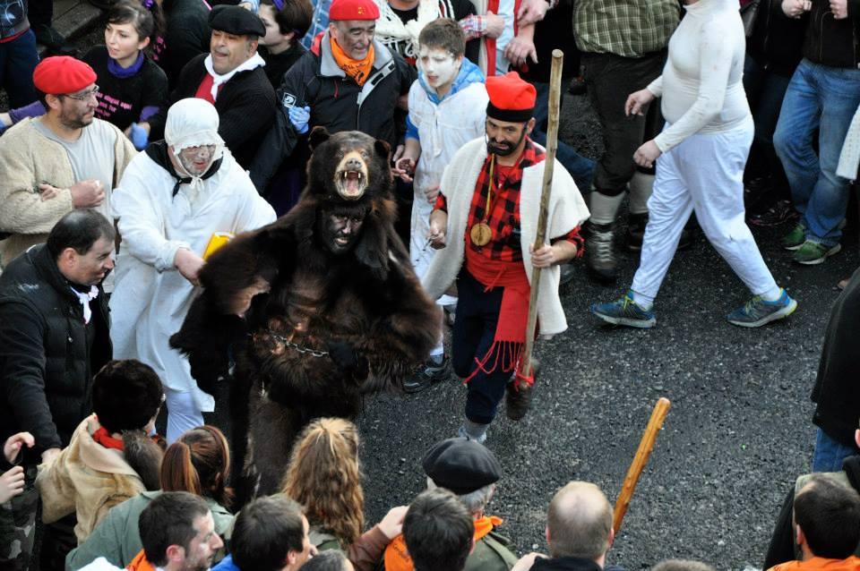 la fiesta del oso en Saint Laurent Cerdans. Foto: Sud Canigó http://www.sudcanigo.com/