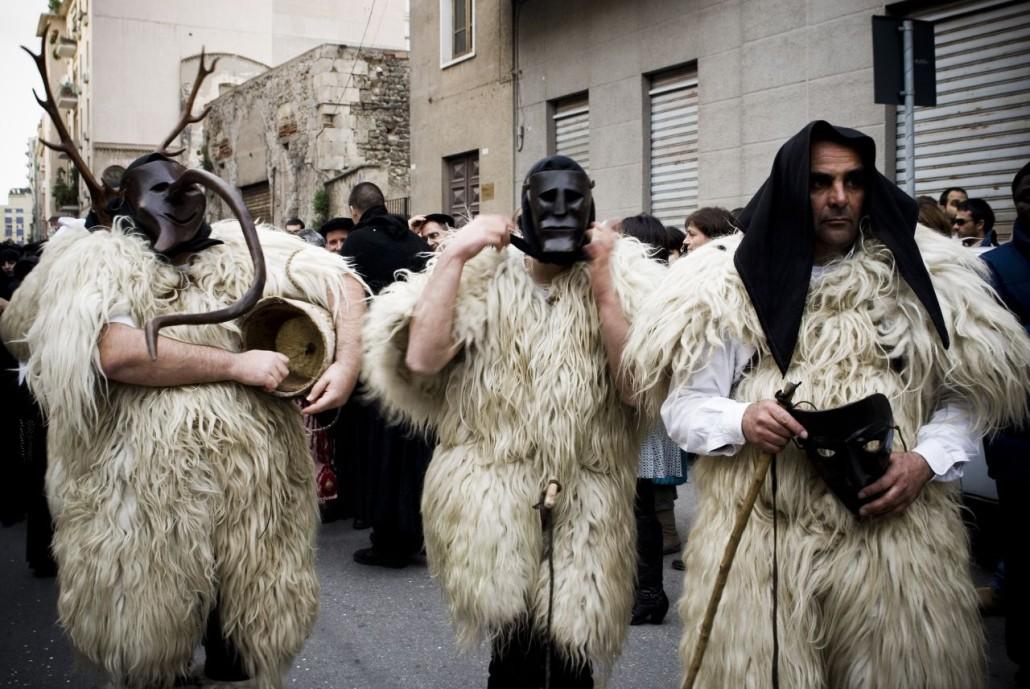 Boes y merdules del carnaval rural de Cerdeña- cc-by-sa Mumucs