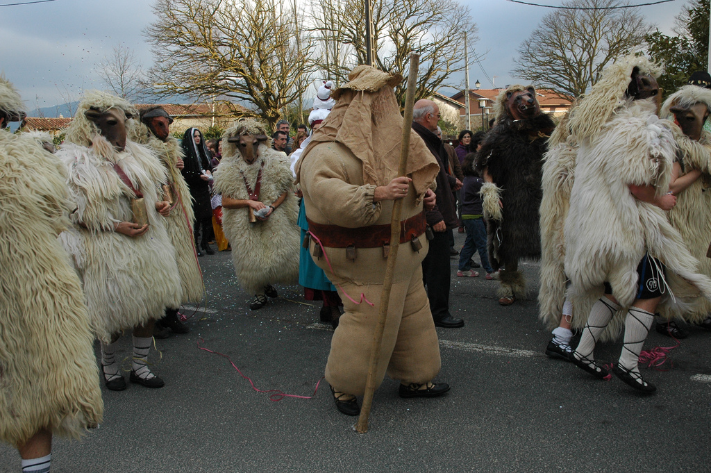In Zalduondo, Alava, ha recuperato recientemete il carnevale tradizionale e il processo Markitos. Foto: Dantzan https://www.flickr.com/photos/dantzan/with/3310690847/