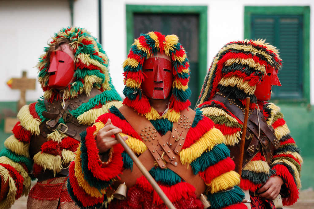 Caretos de Podence, la máscara ibérica o el carnaval tradicional de Portugal. cc-by-sa Rosino https://www.flickr.com/photos/rosino/with/2260450343/