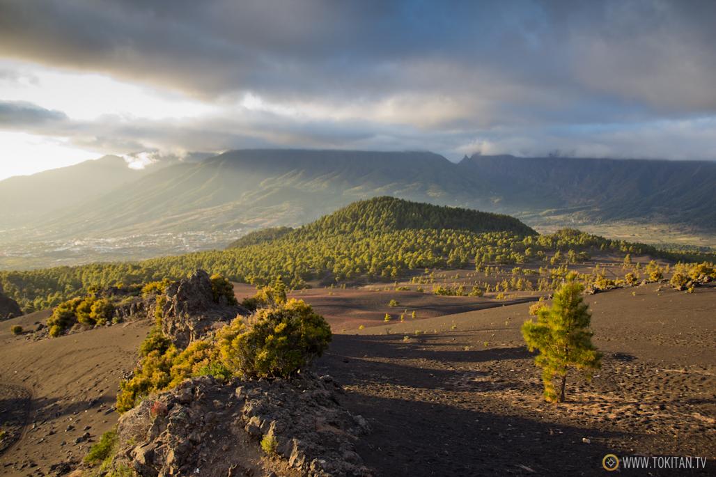 que-ver-la-palma-canarias-isla-bonita-rincones-paisajes-llano-jable-dunas-picon-pinar-pilar-nubes