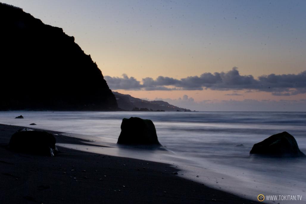 que-ver-la-palma-canarias-isla-bonita-rincones-paisajes-playa-nogales-anochecer