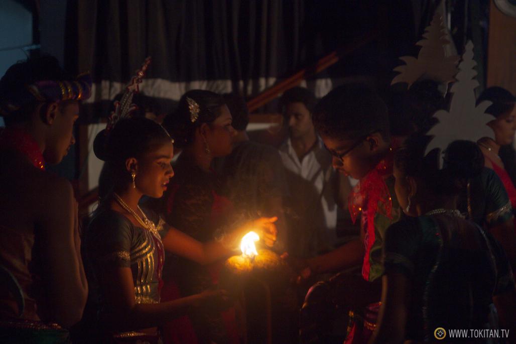 salir-fiesta-sri-lanka-colombo-danza-teatro-drama-bares-dia-poya-festividad-llama