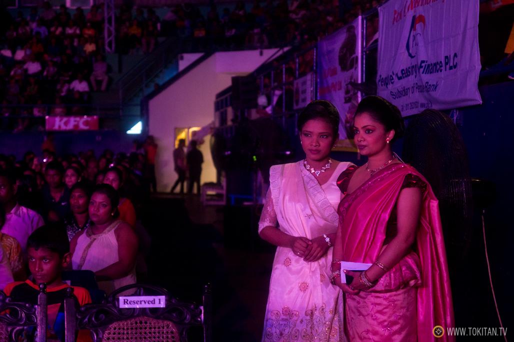 salir-fiesta-sri-lanka-colombo-danza-teatro-drama-bares-dia-poya-festividad-maestras