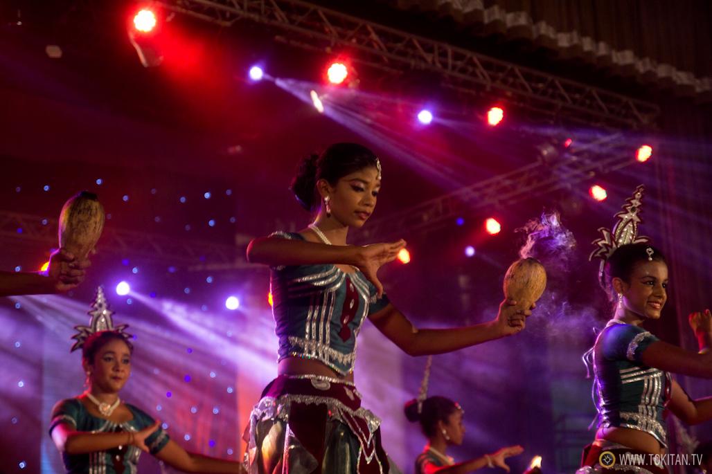 salir-fiesta-sri-lanka-colombo-danza-teatro-drama-bares-dia-poya-festividad-nin%cc%83a