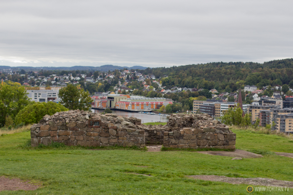 ruta-vikinga-noruega-barco-vikingo-historia-castillo-tonsberg-tunsberghus-festning-vestfold-torre-yacimiento