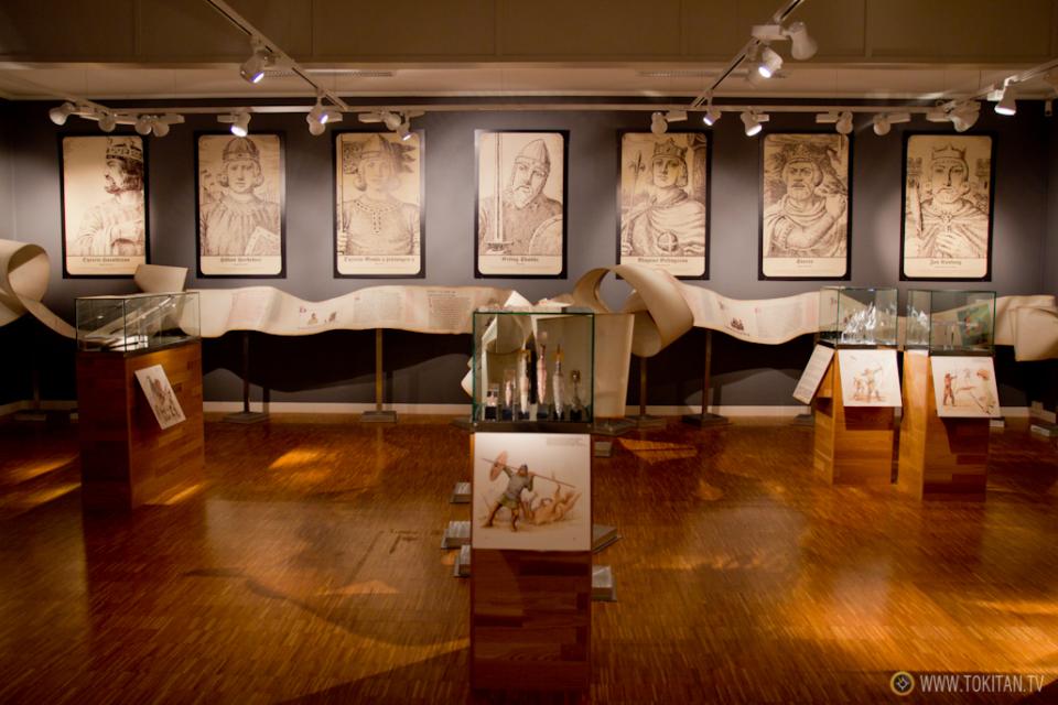 ruta-vikinga-noruega-barco-vikingo-historia-slottsfjells-museet-museo-tonsberg-vestfold-sala-medieval